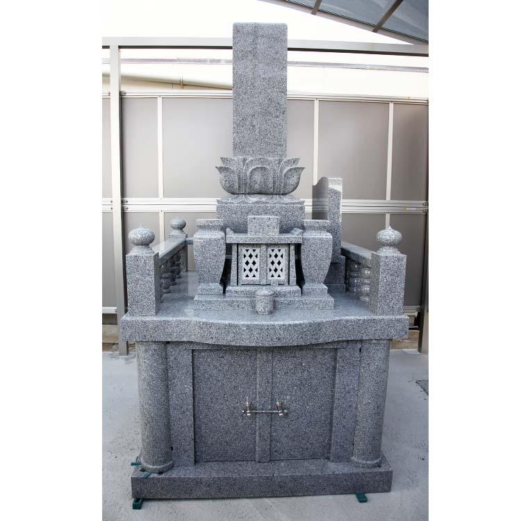 墓石 九州型10寸上下蓮華付き千鳥型 国産 茨城県真壁石細目