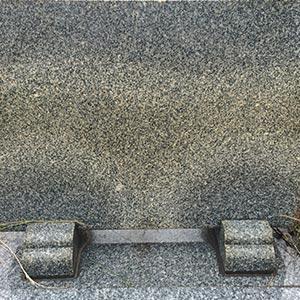 中国石材 変色