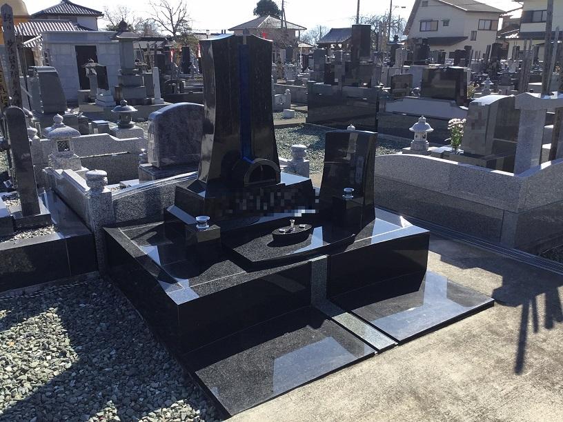 ガラスの墓 デザイン墓石 タンザナイト